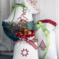 Vyšívané vánoční pytlíčky